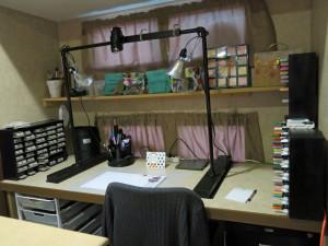 Studio - Crafting desk